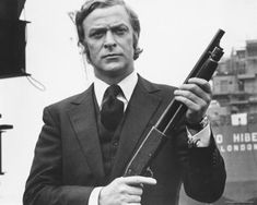 """Michael Caine: """"People Forget That I Know A Few Gangsters"""""""