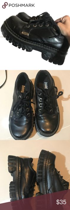 Vintage Grunge Bongo Platform Shoes NOT UNIF Marked as 9 but can fit a size 8! Tags - dolls kill yru demonia grunge killstar drop dead Blackcraft UNIF Shoes