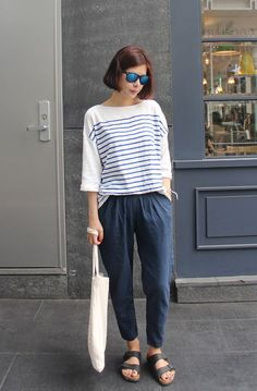 pleasted loose fit pants + stripes top