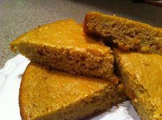 """the preppy paleo: Bison Chili & Almond Flour """"Corn"""" Bread Primal Recipes, Healthy Eating Recipes, Low Carb Recipes, Real Food Recipes, Baking Recipes, Yummy Food, Eating Paleo, Paleo Food, Paleo Cornbread"""