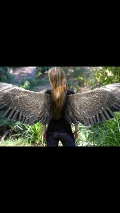 Wait this is real? This movie is actually going to be a thing?!? Finally!! I've been waiting for nearly 6 years!! I love these books! (Piéra Forde as Maximum Ride)