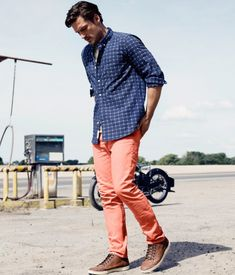 It has been noticed during the past few years that the readiness to look good and attractive has singularly increased among the men. Most men who can choose the perfect clothes well can pull off donning the overdue in men's casual fashion – at work & beyond. The latest attire collection, nevertheless, are not suited …