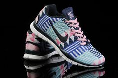 Running Shoes, Free Tr, Nest Training, Gym Shoes, Printed Nike, Nike Shoes, Clothing Shoes