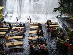 The Labassin Waterfall Restaurant is a truly singular and memorable experience. Located at the Villa Escudero Resort in the Philippines, guests can enjoy lunch while the water flows under their feet . Besides enjoying the authentic local cuisine, you Ubud Hanging Gardens, Oh The Places You'll Go, Places To Travel, Places To Visit, Resorts, Burj Al Arab, Beste Hotels, Les Cascades, Santa Lucia