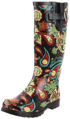 Every girl needs a fun pair of wellies rain boots for Spring!