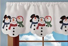 Embroidered Snowman Winter Window Valance Collections Etc… Christmas Mom, Country Christmas, Christmas Snowman, Christmas Crafts, Snowman Christmas Decorations, Snowman Crafts, Holiday Decor, Winter Holiday, Winter Table