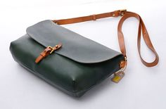 "11""Ladies Green Vintage Genuine Leather Crossbody Sling Tote Bag  Women Shoulder Satchels,School Backpacks,Clutches,Ipaid Mini Cases"