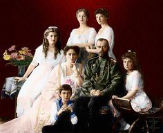 Family Nicholas II of Russia 1913 by tashusik.deviantart.com on @deviantART