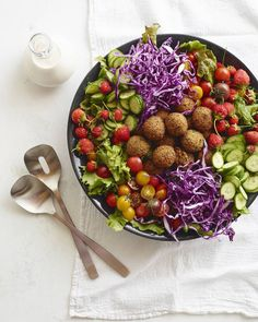 Loaded Falafel Salad from @whatsgabycookin