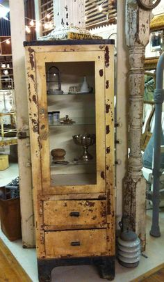 VINTAGE! Medical cabinet. We have come along way! Check out 2015 ...