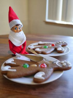 Little Hiccups: That gingerbread man is bigger than you Elfie!
