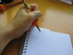 Spiral notebooks, oooooh spiral notebooks. | 23 Soul-Crushing Problems Only Left-Handed People Understand