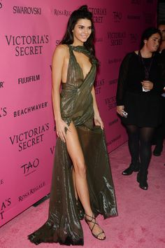 Kendall Jenner  The only thing sexier than a Victoria's Secret bra is no bra at all.