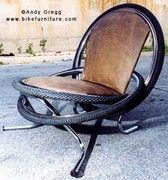 Cadeira original feita com pneus.