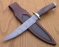 handmade damascus steel... beautiful