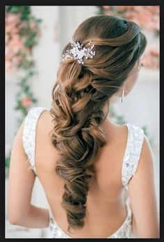 Hair accessory idea for half up pulled to center