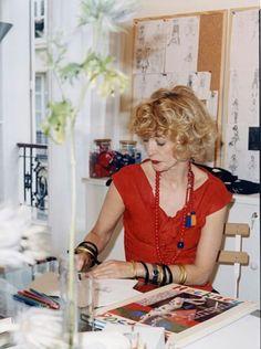 Loulou de la Falaise Ysl, Couture Fashion, Boho Fashion, Vintage Fashion, Yves Saint Laurent, 50s Glamour, Irish Fashion, Le Smoking, Lookbook