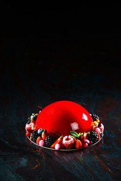 Dôme Fruits rouges - Josselin Jacquet Chef Pâtissier L'Hôtel de Ville de Crissier Suisse