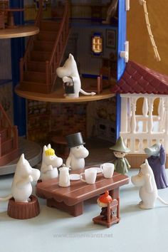 moomin house from green is the new black blog.....  More Amazing Toys: http://www.damniwantit.net/category/toys-and-games/