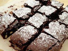 recetas postres fáciles y rápidos recetas modernas chocolate recetas My Dessert, Fudge Brownies, Sweet Recipes, Bakery, Healthy Eating, Cooking Recipes, Cupcakes, Sweets, Bread