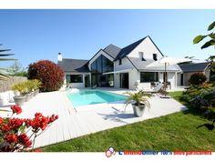 Vous aimeriez acquérir un achat immobilier de prestige entre particuliers? Visitez en premier cette très lumineuse maison située à Carnac dans le Morbihan http://www.partenaire-europeen.fr/Actualites-Conseils/Achat-Vente-entre-particuliers/Immobilier-maisons-a-decouvrir/Maisons-a-vendre-entre-particuliers-en-Bretagne/Achat-immobilier-particulier-Morbihan-Carnac-maison-20140720 #maison