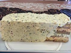 Liian hyvää: Kinkku-suolakurkku-voileipäkakku Vanilla Cake, Banana Bread, Desserts, Food, Tailgate Desserts, Deserts, Essen, Postres, Meals