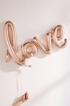 Slide View: 2: Ballon Love or rose