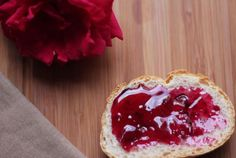 Rose-petal Jam Venetian Monk's recipe from 1898 beautiful tastes exactly the way roses smell The technique is to 'massage' the petals to extract the best flavour into the jam! - April 13 2019 at Rose Petal Jam, Rose Petals, Rose Petal Jelly Recipe, Jam Recipes, Canning Recipes, Fruit Recipes, Yummy Treats, Sweet Treats, Edible Roses