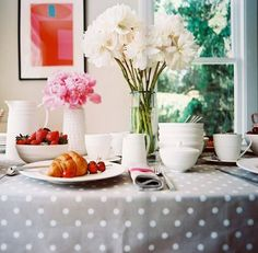 Breakfast, anyone?!