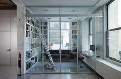 Glasvägg, som en modern variant av min köksglasvägg - fin.