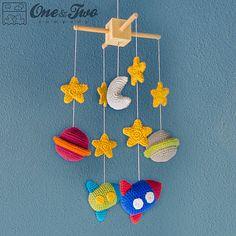 Mesmerizing Crochet an Amigurumi Rabbit Ideas. Lovely Crochet an Amigurumi Rabbit Ideas. Crochet Baby Mobiles, Crochet Mobile, Crochet Toys, Cute Crochet, Crochet For Kids, Types Of Yarn, Crochet Projects, New Baby Products, Crochet Patterns