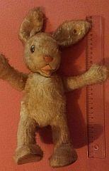 sammler.com: Altes Spielzeug und Spielsachen sammeln. Hase Plüschtier - Alter und Hersteller?