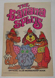 The Banana Splits Show Official Club Membership Book 1968 1 banana, 2 banana, 3 banana 4 BANANAS playing in the bright warm sun. Old School Cartoons, Retro Cartoons, Classic Cartoons, Funny Cartoons, Classic Cartoon Characters, Cartoon Tv, Vintage Cartoon, Vintage Toys, Old Tv Shows