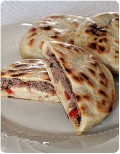 """Pancakes"" stuffed with meat, by Jamie Oliver, Food And Drinks, ""Pancakes"" stuffed with meat, by Jamie Oliver. Jamie Oliver, No Salt Recipes, Cooking Recipes, Tunisian Food, Pan Relleno, Salty Foods, Ramadan Recipes, Beignets, Arabic Food"