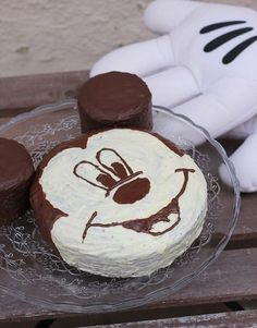 Mickey Mouse Torte, Mickey Mouse Cupcakes, Mickey Birthday, Disney Cakes, Best Oatmeal, Protein Foods, Baking, Eat, Desserts