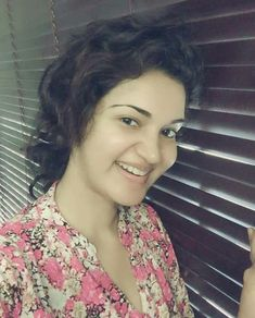 Honey Rose Beautiful HD Photoshoot Stills & Mobile Wallpapers HD Hd Wallpapers For Mobile, Mobile Wallpaper, Rose Wallpaper, Photo Wallpaper, Hd Photos, Cover Photos, Honey Rose, Facebook Profile Picture, Hd Images