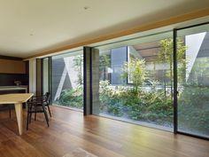 リビングのデザイン:作品をご紹介。こちらでお気に入りのリビングデザインを見つけて、自分だけの素敵な家を完成させましょう。