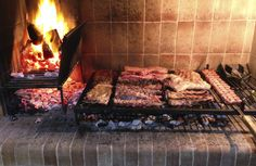 Outdoor Bbq Kitchen, Outdoor Oven, Outdoor Kitchen Design, Outdoor Cooking, Barbecue Grill, Grill Diy, Barbacoa Argentina, Argentina Grill, Parilla Grill