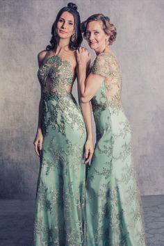 Amei este vestido longo de festa da coleção Dear Queens da marca Arthur Caliman Moda festa, madrinhas, formatura, vestido bordado, vestido curto, mãe de noiva, noiva, casamento, wedding, prom, espm, moda, fashion, estilista, Oscar, vestido bordado.