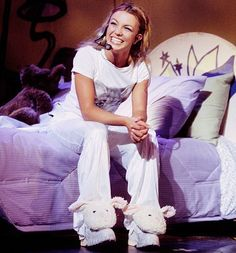 Britney spears oops i did it again tour Justin Timberlake Scarlett Johansson, Britney Spears 2000, Baby One More Time, Britney Jean, Cool Tumblr, School Pictures, Teenage Dream, Slumber Parties, Anti Social