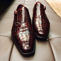 Croc double Monkstraps by @edetalsg // MNSWR style inspiration || #mnswr #menswear #mensfashion #mensstyle #style #sprezzatura #sprezza #styleformen #bespoke #mentrend #gentlemen #shoes #mensshoes #footwear #shoeporn #shoesfortoday #dressshoes...