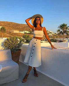 Top Spring Summer Fashion Style Ideas for Women Stylish Outfits, Fashion Outfits, Womens Fashion, Fashion Styles, Holiday Outfits, Summer Outfits, Mom Outfits, White Outfits, Essentiels Mode