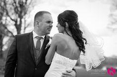 Photographie de mariage. Couple de nouveaux mariés. Le Studio K www.lestudiok.ca  Drummondville, Québec