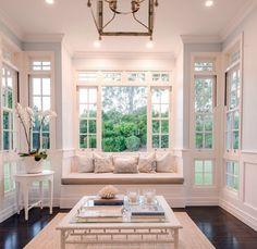 Sunroom decorating ideas new window seat dream house – home interior Custom Home Designs, Custom Homes, Sunroom Decorating, Decorating Ideas, Decor Ideas, Boho Home, Hamptons House, Interior Exterior, Style Vintage