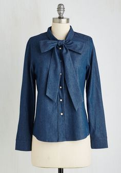 Denim Denizen Top. Cant get enough of the comfort of your favorite pair of jeans? #blue #modcloth