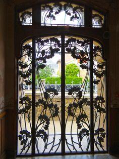 Art Nouveau/ Arts & Crafts on Pinterest | Koloman Moser, Archibald ... www.pinterest.com236 × 314Buscar por imágenes Art Nouveau buildings in Nancy, France