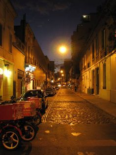 http://pinterest.com/pin/146789269076817990/    Cobblestone Dawn in Buenos Aires, Argentina