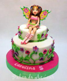 Flora Winx cake