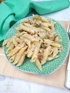 Pasta fredda con tonno ricotta e olive