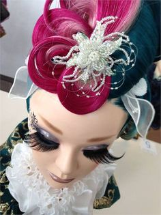 A closer look at the mannequins represented at the Yamano International Beauty Forum in Tokyo, Japan. Fantasy Hair, Fantasy Makeup, Adventure Time, Hairstylist Quotes, Avant Garde Hair, Cosmetology Student, Mermaid Makeup, Fairy Makeup, Makeup Art